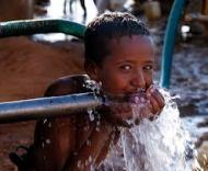 UNICEF: Mỗi ngày có 1.800 trẻ em chết vì nước thiếu antoàn