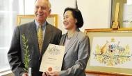 """Cựu đại sứ Mỹ Pete Peterson: """"Tận tụy"""" giúp trẻ em Việt Nam biếtbơi"""